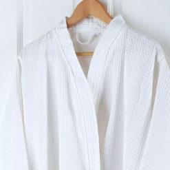Benvit våffel badrock